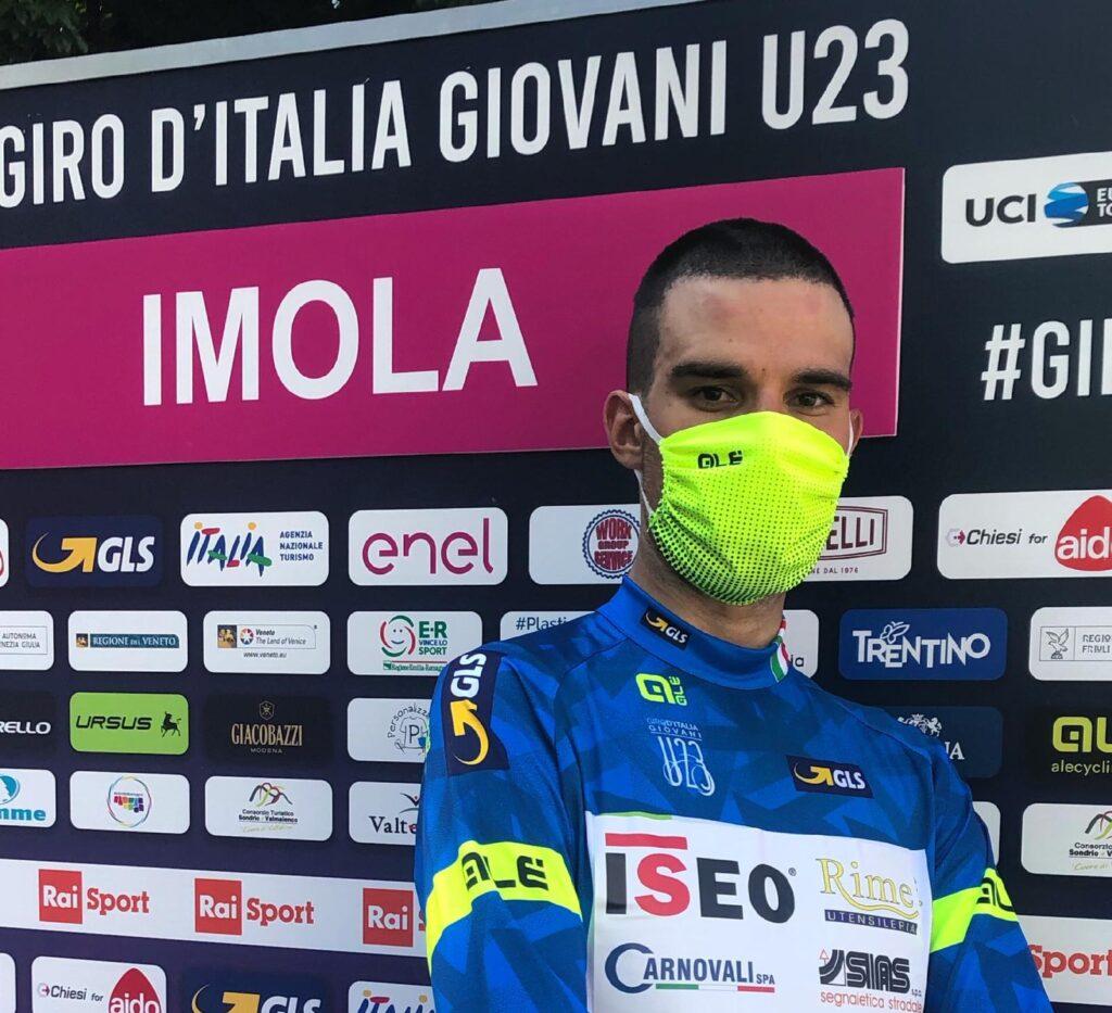 LEANDRO MASOTTO IN MAGLIA BLU AL GIRO D'ITALIA UNDER23